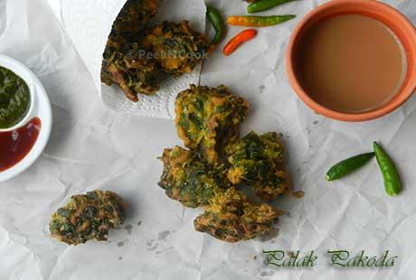 Healthy Spinach Fritters Or Palak/Palang Ke Pakode
