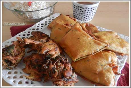 Piaj/Onion Pakora & Eggplant Fritters