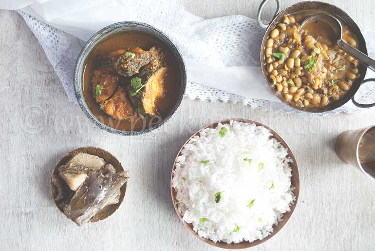 Macher Kalia Thali