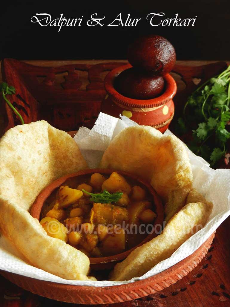 No Onion No Garlic Potato Curry Or Niramish Alur Torkari O Dalpuri