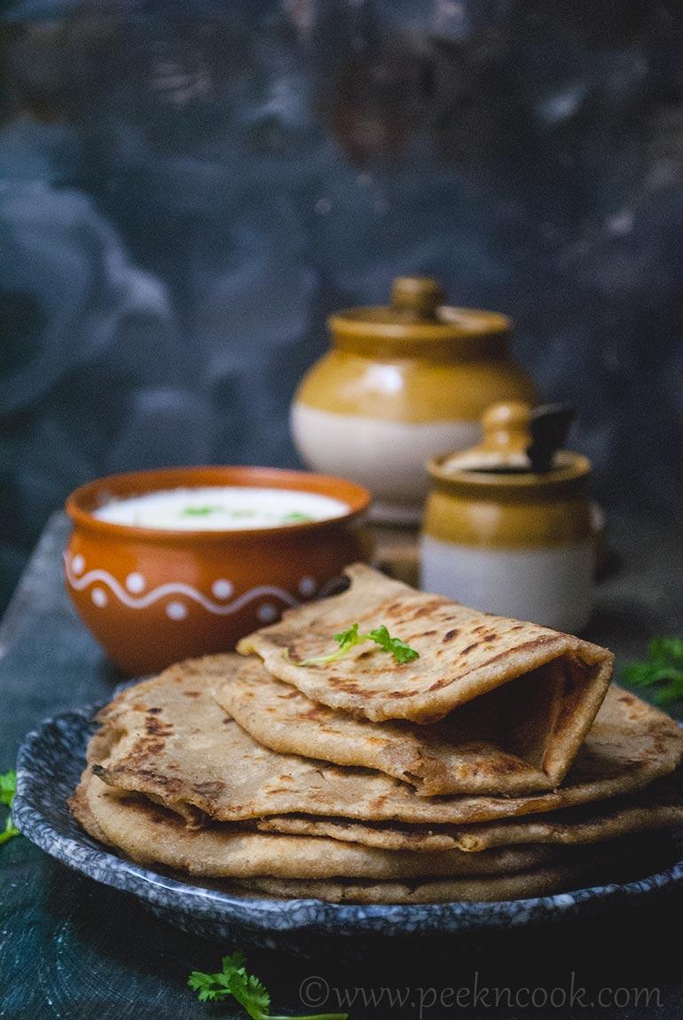 Punjabi Aloo Ke Parathe/Paranthe