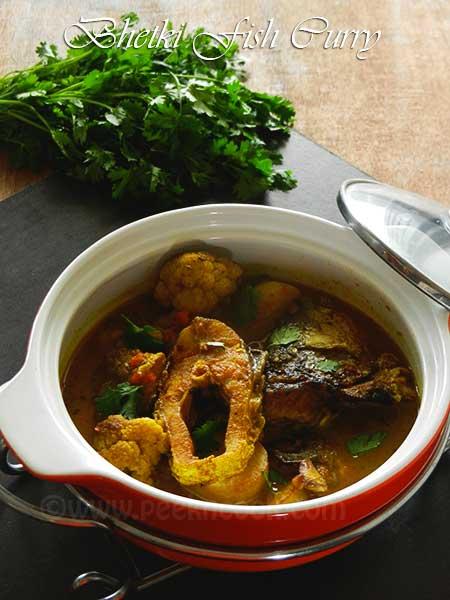 Bhetki Fish With Cauliflower & Potato Curry