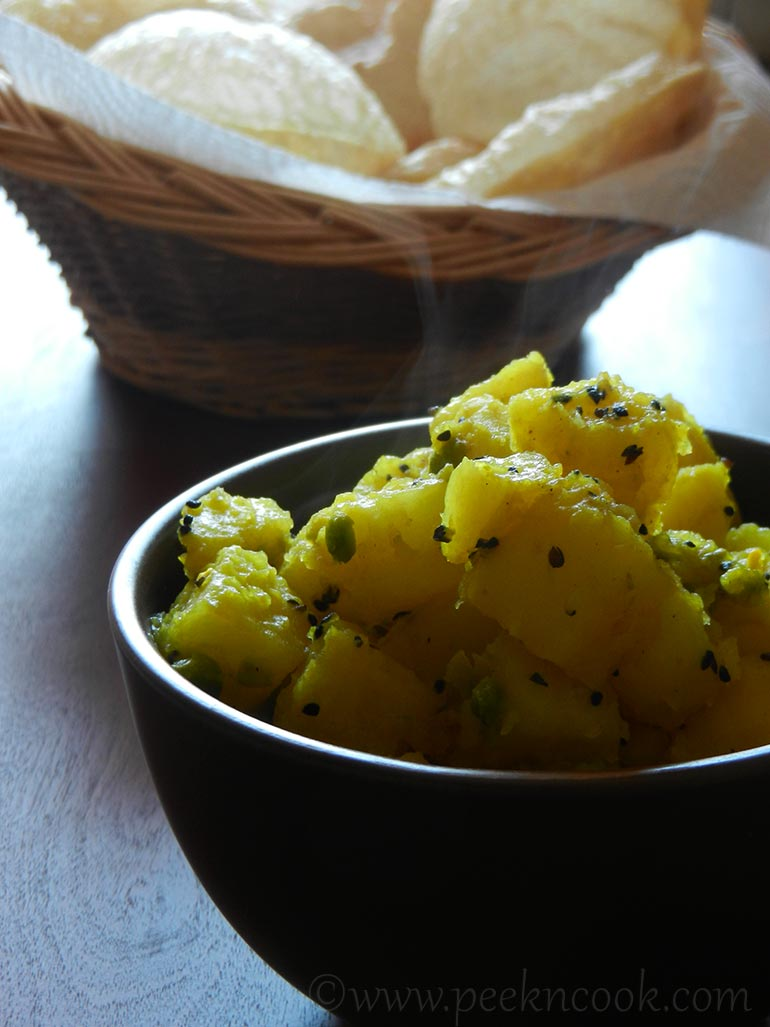 Luchi / Puri / Deep Fried Flat Bread & Aloo Tarkari/Potato Curry
