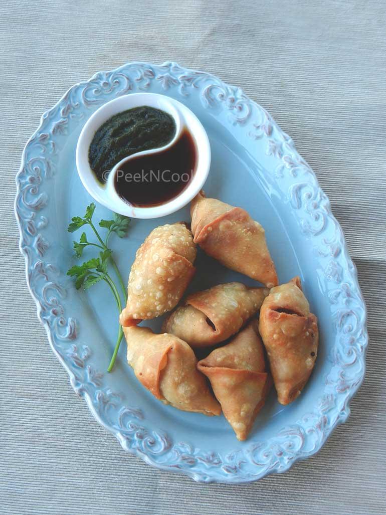 Classic Bengali Cauliflower Samosa Or Phulkopir Singara