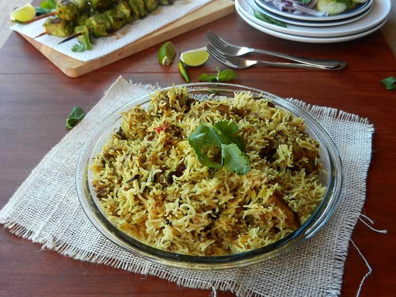 Easy Chicken Biryani recipe in pot or pressure cooker
